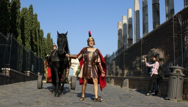 Benur – Un gladiatore strillone