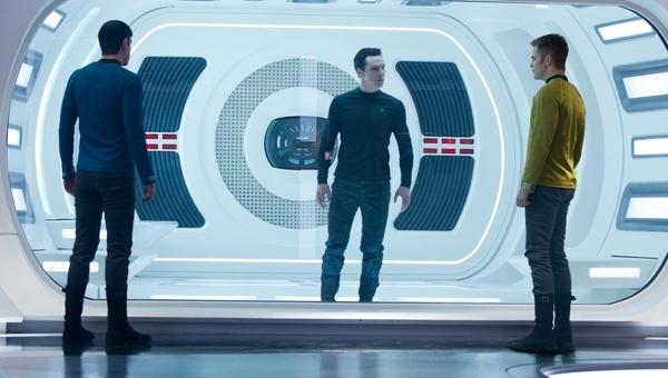 Anche Star Trek si veste di (o)scuro