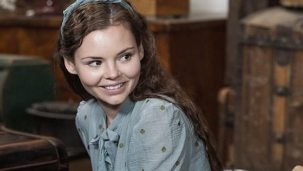 La piccola Eline sorride all'amore «Un inno alla vita dopo il lager»