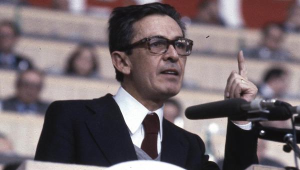 Quando c'era Berlinguer: Veltroni, il PCI e un ricordo personale