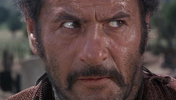 """Addio a Eli Wallach (98 anni): un grande, non solo """"il brutto"""" di Leone"""