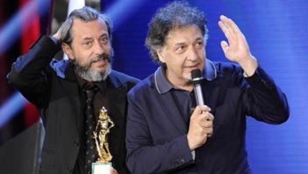 Per i genovesi Pivio e Aldo De Scalzi magica doppietta di premi (grazie a Napoli)