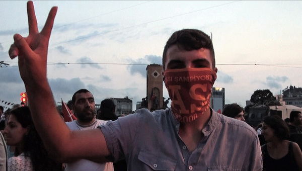 Çapulcu – Voci da Gezi. Resoconto di una protesta