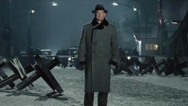 Il ponte delle spie. Spielberg conclude una trilogia su un'America in cerca di luce