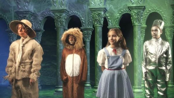 I piccoli Maghi di Oz. Il mondo incantato di Luigi Cozzi in un nuovo, immaginifico lavoro