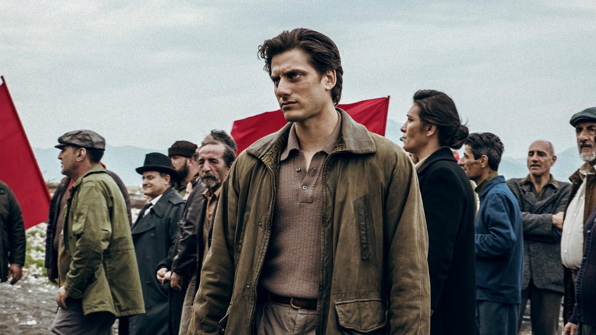 """""""Martin Eden"""" in una Napoli  quasi senza tempo. Cinema-cinema con """"The King"""""""