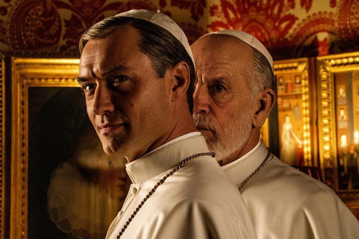 """Un pontefice tira l'altro. Arriva """"The New Pope"""" Sorrentino rifà sé stesso"""