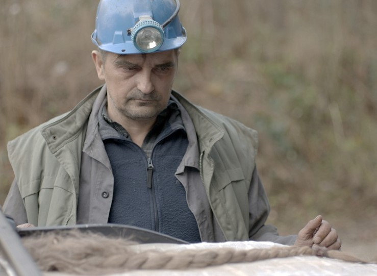 """""""Il segreto della miniera"""". Quasi un'indagine su un massacro sepolto"""