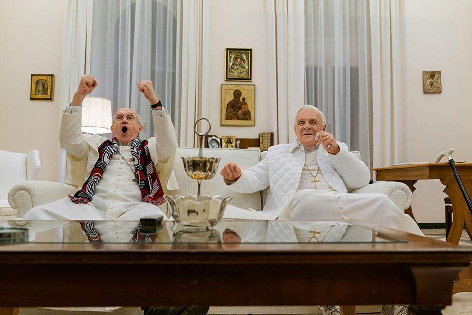 """I due papi"": quasi una sfida di mattatori tra Hopkins e Pryce. I vaticanisti disdegnano, a me pare piacevole"