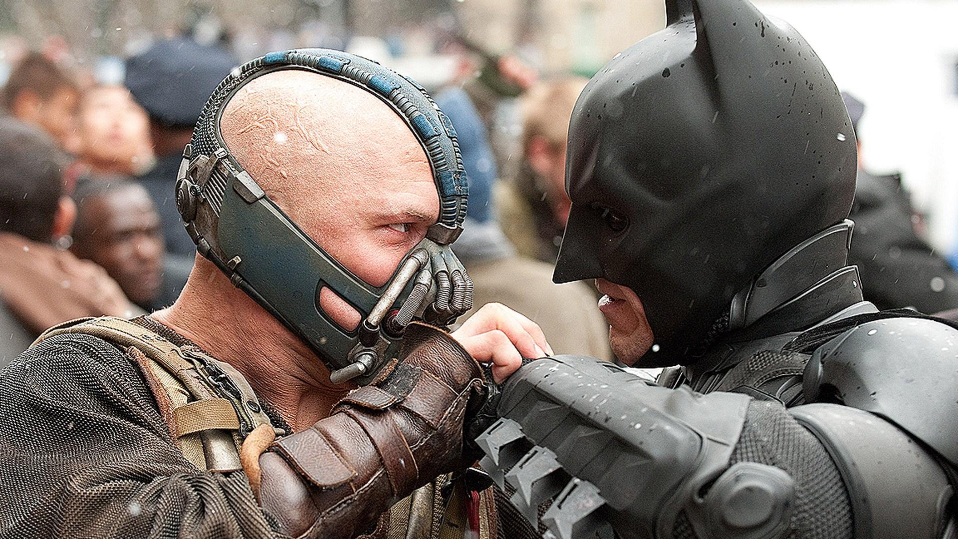 """""""Batman secondo Nolan"""". Nel nuovo saggio Shatter l'ombra di Jung si staglia sulla fortunata trilogia"""