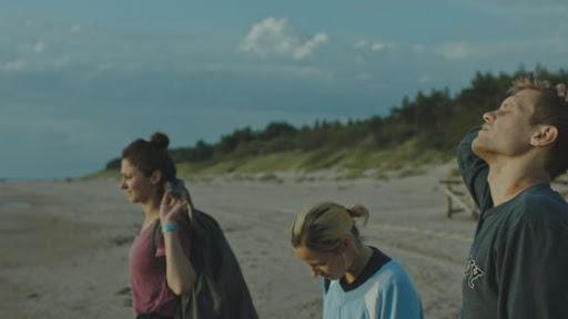 """""""Summers Survivors"""": il film lituano sugli esclusi"""