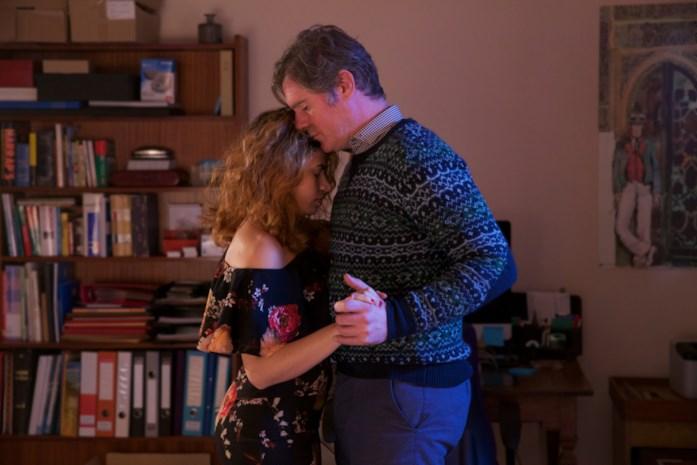 """""""Sola al mio matrimonio"""". Dal Belgio la storia di una mamma rom in cerca di marito"""