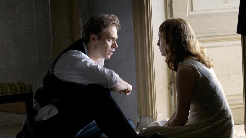 """""""Julie"""": una lotta di classe mascherata da storia d'amore"""