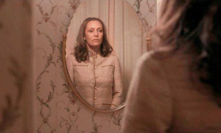 """Madame Claude"". Su Netflix l'ambigua parabola della maîtresse più famosa di Francia"